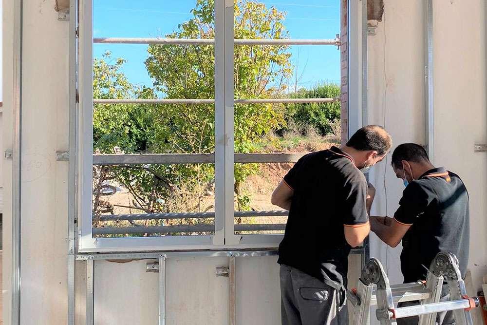 ventanas-peasa-burgos-trabajo