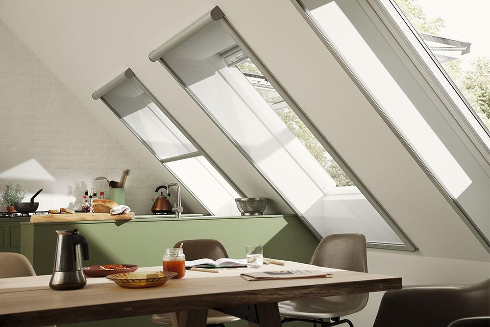 cortina-mosquitera-ventana-de-tejado